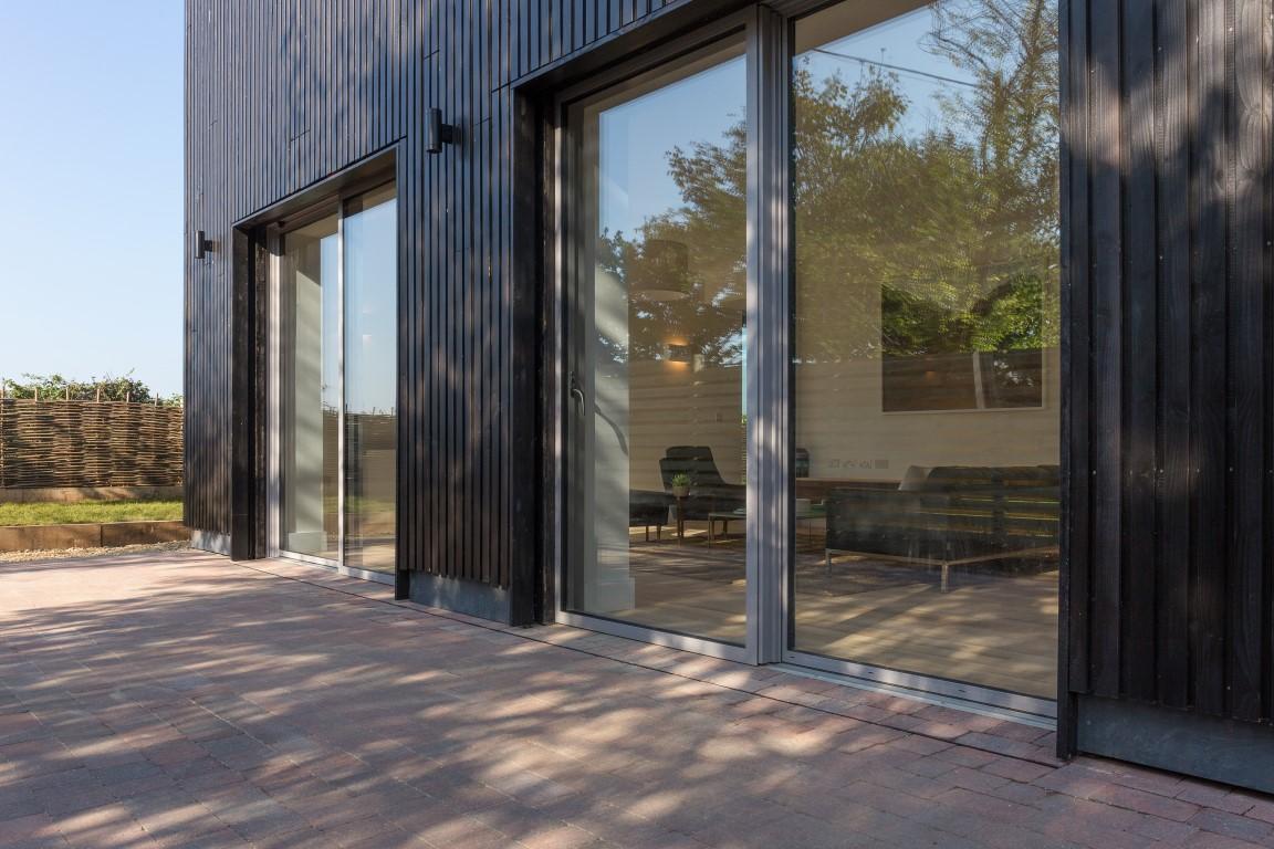 Low threshold sliding door from idealcombis futura range low threshold sliding doors planetlyrics Gallery