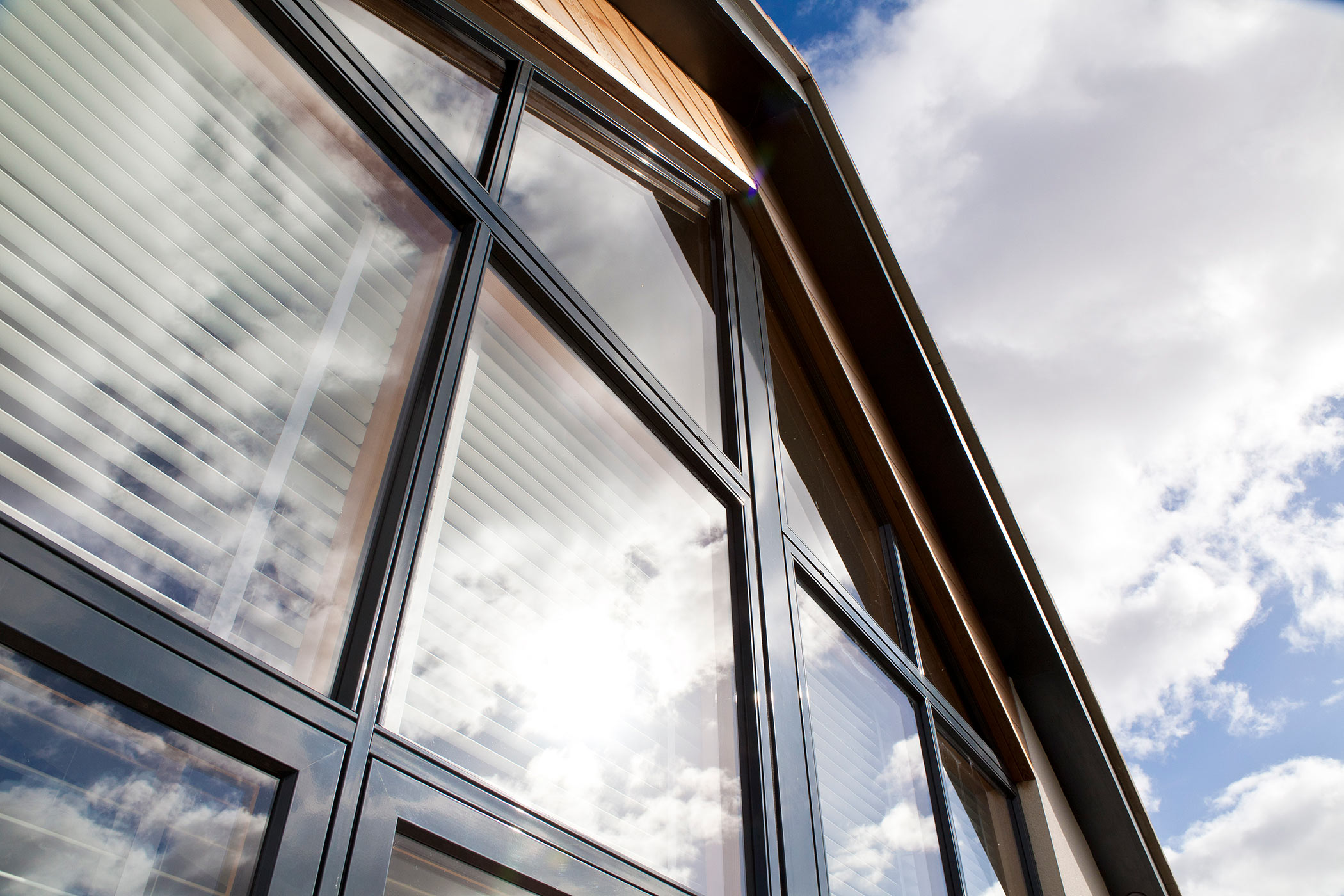 Idealcombi nation ic composite windows and doors for Window nation